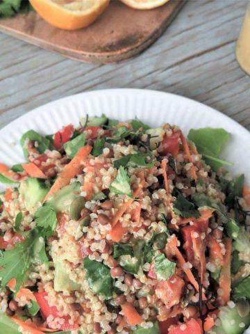 Marokkaischer Linsen Quinoa Salat Beitragsbild